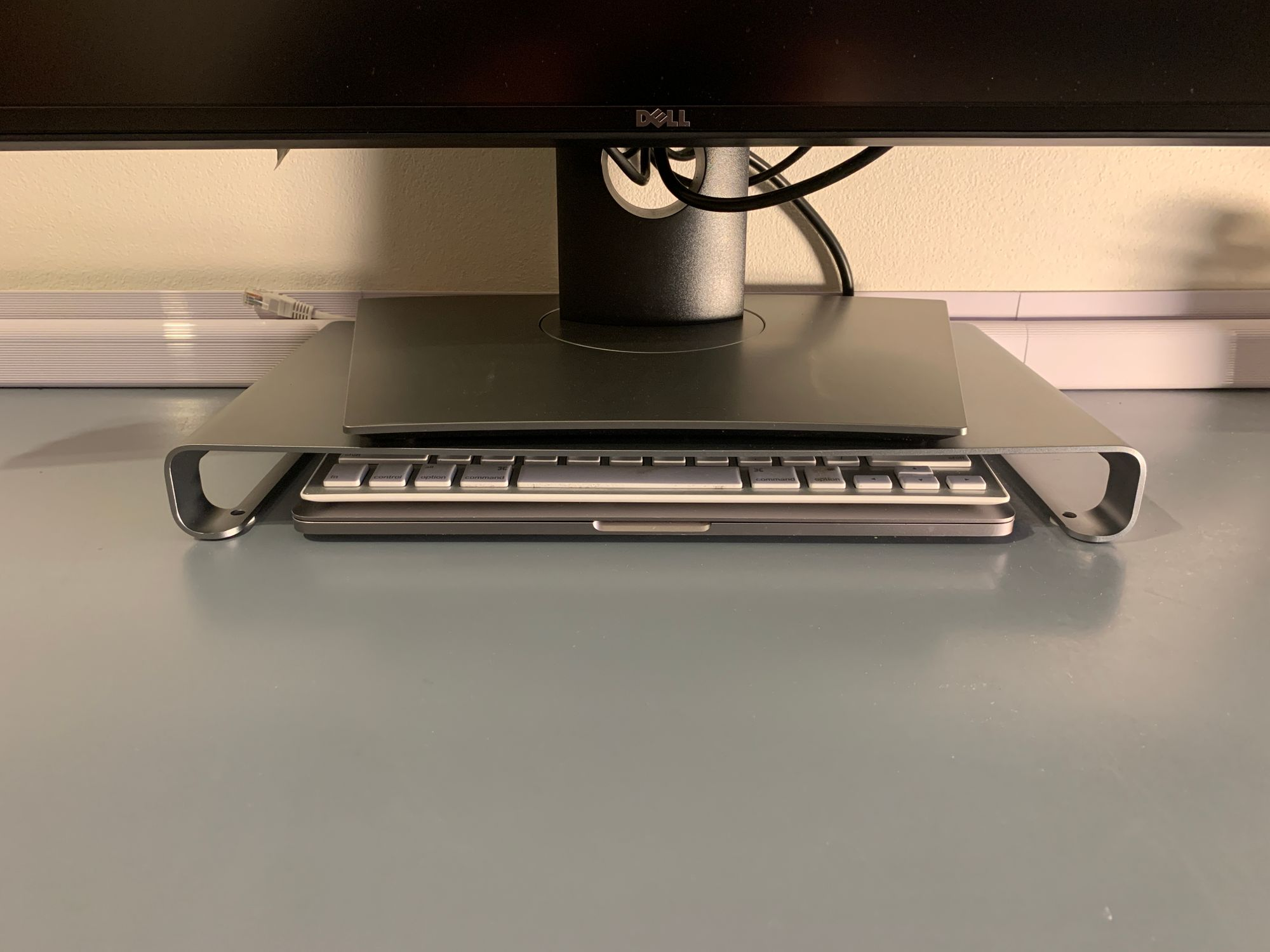 Satechi Monitor Stand